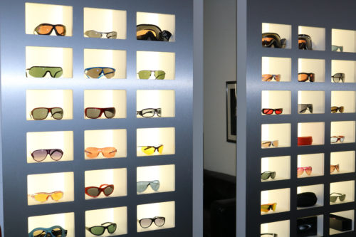 Brillen und Sonnbrillen